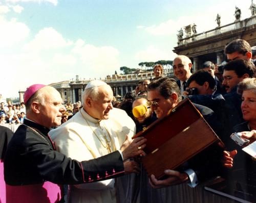 Visita-Papa-año89
