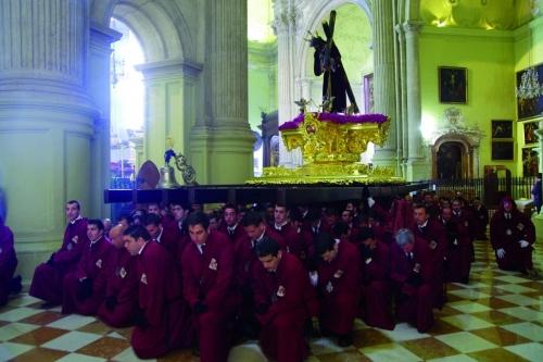 2012. Viñeros en la catedral